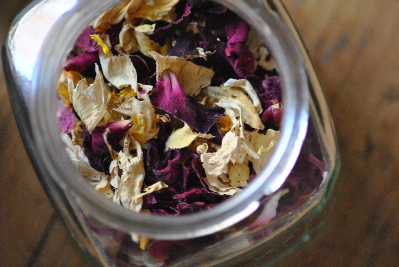 Rose Petals - Dried - 10g
